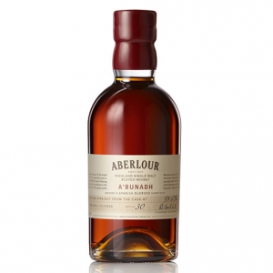 "Highland Single Malt Scotch Whisky ""A' Bunadh Batch No. 60"" - Aberlour"
