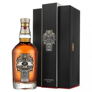 "Blended Scotch Whisky ""Original Legend"" 25 years old - Chivas Regal"