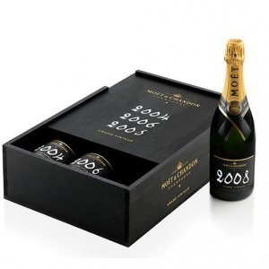 "Champagne Brut ""Grand Vintage Collection 2004 2006 2008"" - Moët & Chandon (cassetta in legno 3 bottiglie)"