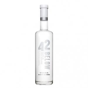 Vodka Pure - 42 Below (0.7l)