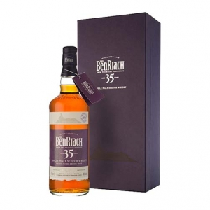 Single Malt Scotch Whisky 35 years old - The BenRiach