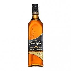 Rum Añejo Clasico 5 years old - Flor de Caña (0.7l)