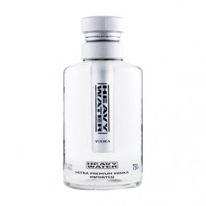 Vodka Heavy Water - Ultra Premium (0.7l)